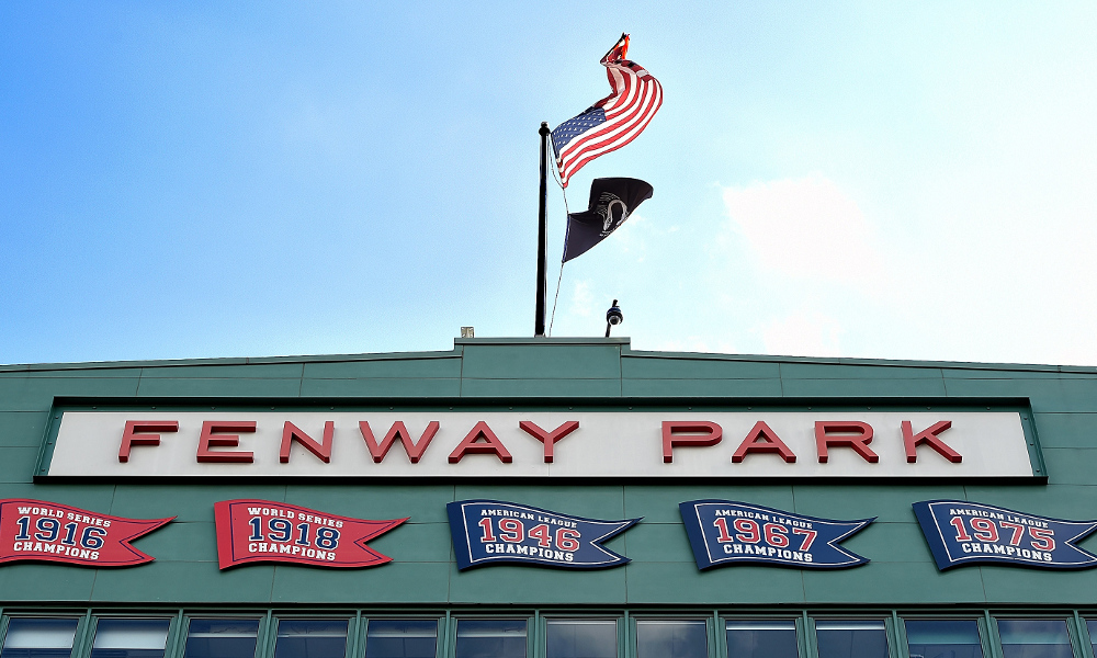 Photos: Reds train at Fenway Park