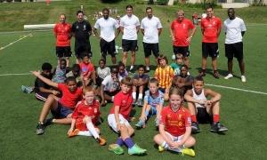 Pemain LFC kunjungi sekolah sepakbola